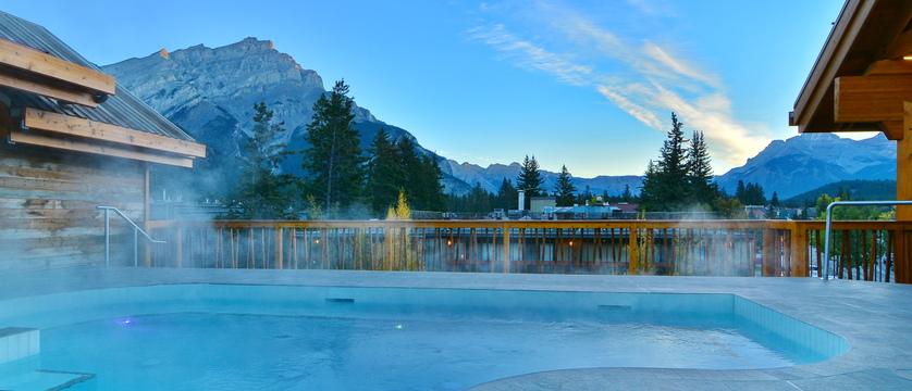 155_Moose_Hotel_and_Suites_Rooftop_Hot_Pool (1).JPG